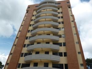 Apartamento En Alquiler En Caracas, La Campiña, Venezuela, VE RAH: 16-19904