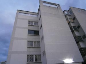 Apartamento En Ventaen Caracas, Los Naranjos De Las Mercedes, Venezuela, VE RAH: 16-19966