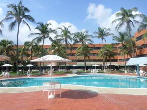 Apartamento En Venta En Tucacas, Tucacas, Venezuela, VE RAH: 16-19921