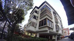 Apartamento En Venta En Caracas, El Marques, Venezuela, VE RAH: 16-19929