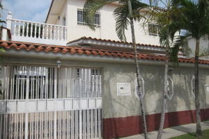Casa En Ventaen Charallave, Charallave Country, Venezuela, VE RAH: 16-19945