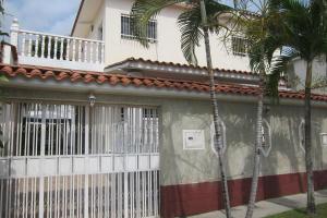 Casa En Venta En Charallave, Charallave Country, Venezuela, VE RAH: 16-19945