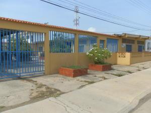 Casa En Venta En Chichiriviche, Playa Sur, Venezuela, VE RAH: 16-19955