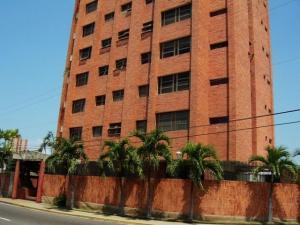 Apartamento En Venta En Maracaibo, Tierra Negra, Venezuela, VE RAH: 16-19974