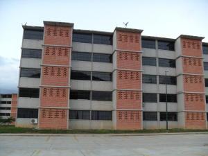 Apartamento En Venta En Guarenas, Camino Real, Venezuela, VE RAH: 16-19986