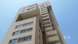 Apartamento En Venta En Maracaibo, Avenida Bella Vista, Venezuela, VE RAH: 16-20016