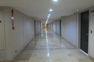 Apartamento En Alquiler En Caracas, Las Mercedes, Venezuela, VE RAH: 16-20018