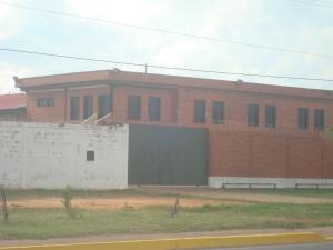 Apartamento En Venta En El Tigre, Sector Avenida Intercomunal, Venezuela, VE RAH: 16-20021