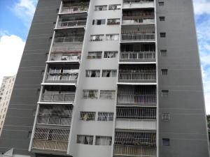 Apartamento En Venta En Caracas, El Marques, Venezuela, VE RAH: 16-20107