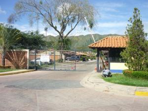 Casa En Venta En Municipio San Diego, Valle De Oro, Venezuela, VE RAH: 16-20063