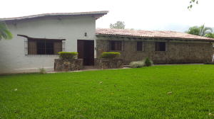 Casa En Venta En Valencia, El Parral, Venezuela, VE RAH: 16-20072
