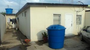 Casa En Venta En Cabimas, Carretera H, Venezuela, VE RAH: 16-20076