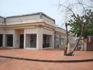 Local Comercial En Venta En Maracaibo, Avenida Baralt, Venezuela, VE RAH: 16-20083