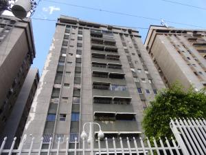 Apartamento En Venta En Caracas, Santa Fe Norte, Venezuela, VE RAH: 16-20127