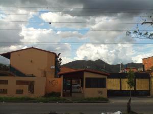 Apartamento En Venta En Valencia, Los Caobos, Venezuela, VE RAH: 16-20133