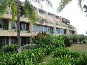 Apartamento En Venta En Municipio Antolin Del Campo Paraguachi, El Cardon, Venezuela, VE RAH: 16-20144