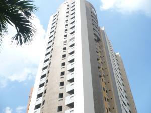 Apartamento En Venta En Valencia, Valle Blanco, Venezuela, VE RAH: 16-20172