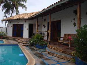Casa En Venta En Tucacas, Tucacas, Venezuela, VE RAH: 16-20176