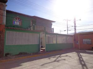 Casa En Venta En La Victoria, La Mora Ii, Venezuela, VE RAH: 16-16782
