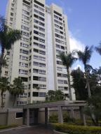 Apartamento En Venta En Caracas, Los Naranjos Del Cafetal, Venezuela, VE RAH: 17-68