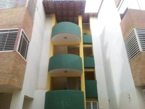 Apartamento En Venta En Punto Fijo, Zarabon, Venezuela, VE RAH: 16-20263