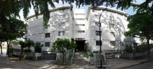 Apartamento En Venta En Caracas, El Marques, Venezuela, VE RAH: 16-20278