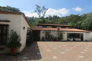 Casa En Venta En Municipio Naguanagua, La Entrada, Venezuela, VE RAH: 16-20285