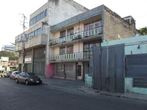 Terreno En Venta En Valencia, Avenida Bolivar Norte, Venezuela, VE RAH: 16-20410