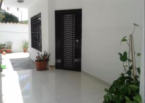 Casa En Ventaen Maracay, El Limon, Venezuela, VE RAH: 16-20329