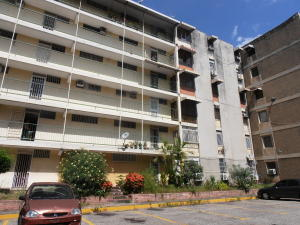 Apartamento En Venta En Maracay, Parque Aragua, Venezuela, VE RAH: 16-20338
