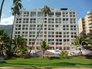 Apartamento En Venta En Parroquia Caraballeda, Caribe, Venezuela, VE RAH: 16-20345