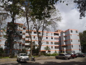 Apartamento En Ventaen Los Teques, Municipio Guaicaipuro, Venezuela, VE RAH: 16-20347