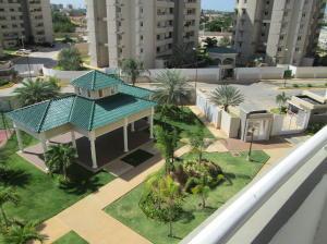 Apartamento En Venta En Maracaibo, Avenida Milagro Norte, Venezuela, VE RAH: 16-20355
