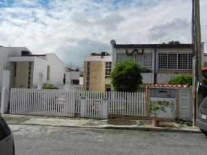 Townhouse En Venta En Guatire, Guatire, Venezuela, VE RAH: 16-20399