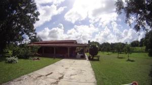 Casa En Venta En Higuerote, Via Curiepe, Venezuela, VE RAH: 16-20403
