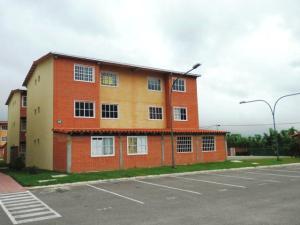Apartamento En Venta En Guatire, Alto Grande, Venezuela, VE RAH: 16-20407