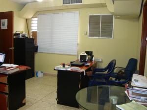Casa En Venta En Maracaibo, Cantaclaro, Venezuela, VE RAH: 17-13
