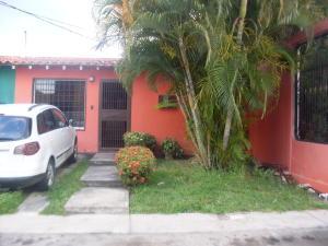 Casa En Venta En Cabudare, Copacoa, Venezuela, VE RAH: 17-15