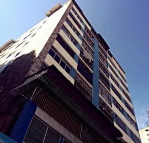 Apartamento En Venta En Caracas, Colinas De Bello Monte, Venezuela, VE RAH: 17-16