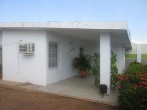 Casa En Venta En Maracaibo, Altos De La Vanega, Venezuela, VE RAH: 17-36