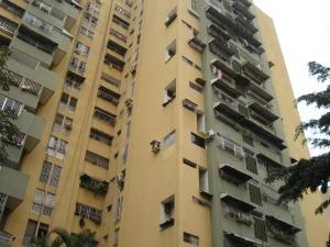 Apartamento En Venta En Caracas, Parroquia Santa Rosalia, Venezuela, VE RAH: 17-760