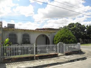 Casa En Venta En Palo Negro, Conjunto Residencial Palo Negro, Venezuela, VE RAH: 17-69