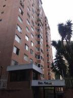 Apartamento En Venta En Caracas, Prados Del Este, Venezuela, VE RAH: 17-96