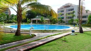 Apartamento En Venta En Rio Chico, Los Canales De Rio Chico, Venezuela, VE RAH: 17-758