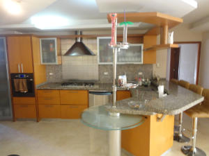 Apartamento En Venta En Maracaibo, Maracaibo, Venezuela, VE RAH: 17-94