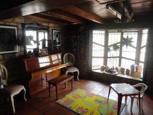 Casa En Venta En Maracaibo, Zapara, Venezuela, VE RAH: 17-100