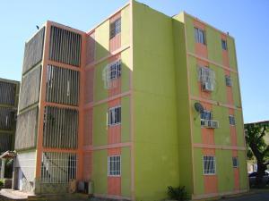 Apartamento En Venta En Palo Negro, Los Naranjos, Venezuela, VE RAH: 17-106
