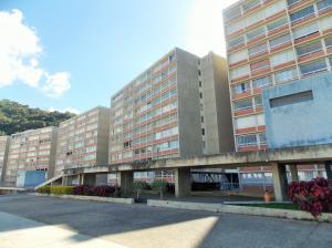 Apartamento En Venta En Caracas, El Encantado, Venezuela, VE RAH: 17-341