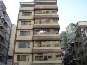 Apartamento En Venta En Caracas, Colinas De Bello Monte, Venezuela, VE RAH: 17-144