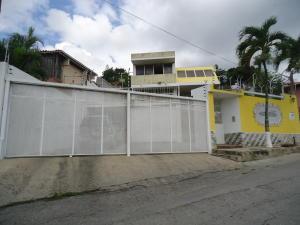 Casa En Venta En Barquisimeto, Colinas De Santa Rosa, Venezuela, VE RAH: 17-154